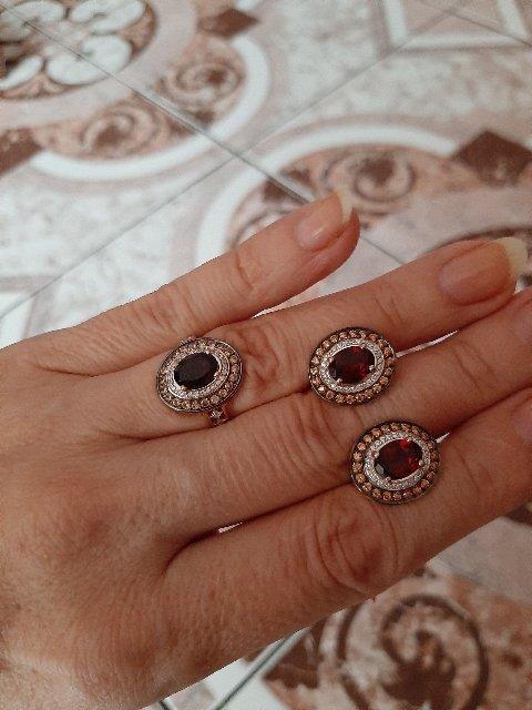 Гранатовое кольцо.