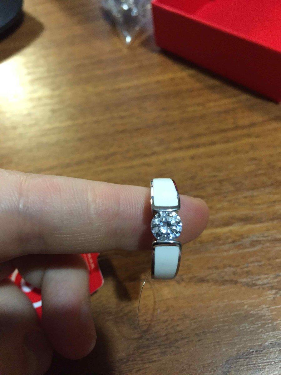 Отличное кольцо с эмалью