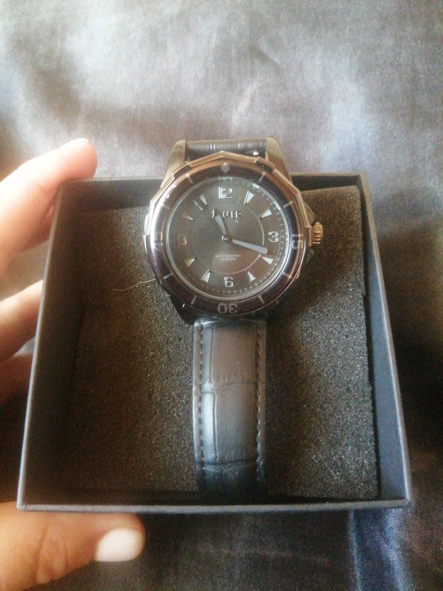 Покупала часы для мужа