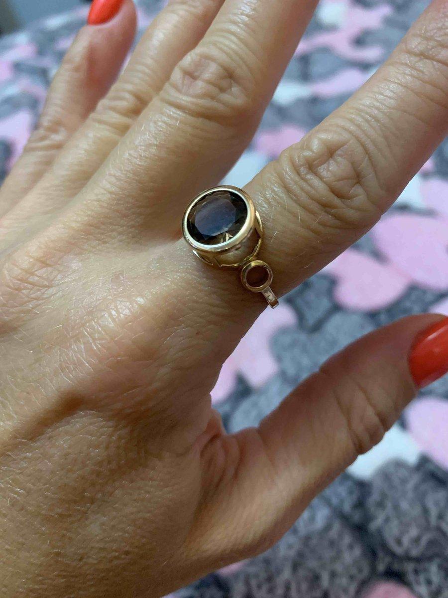 Золотое кольцо с раухтопазом супер!!!