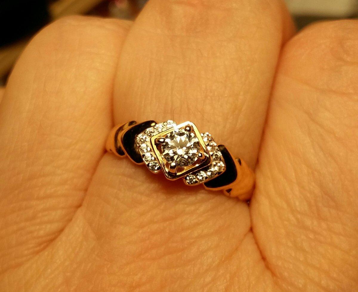 Очень эффектное кольцо.