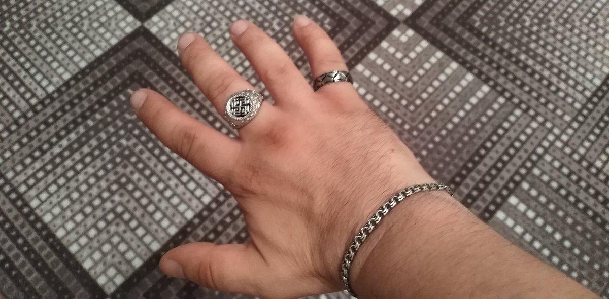 Кольцо из стали компании Юками