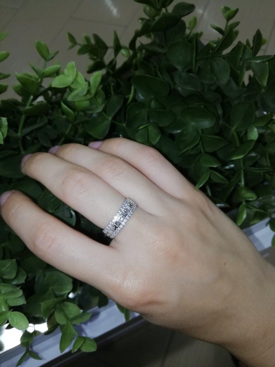 Кольцо на тоненькие пальчики