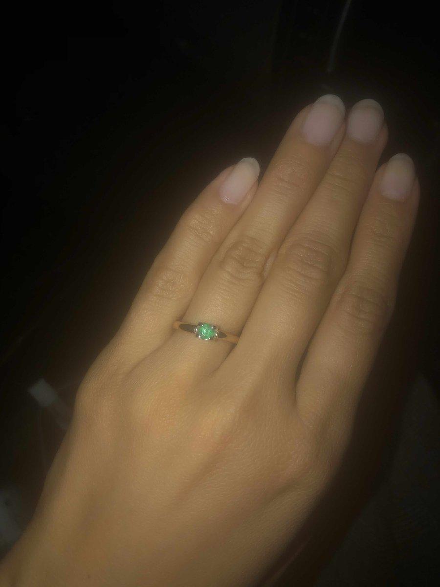 Очень красивое и элегантное кольцо!
