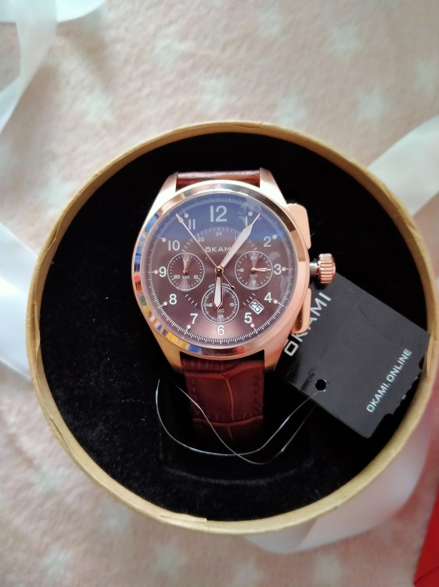 Я довольна!!! Отличные часы, на вид как на картинке, все работает
