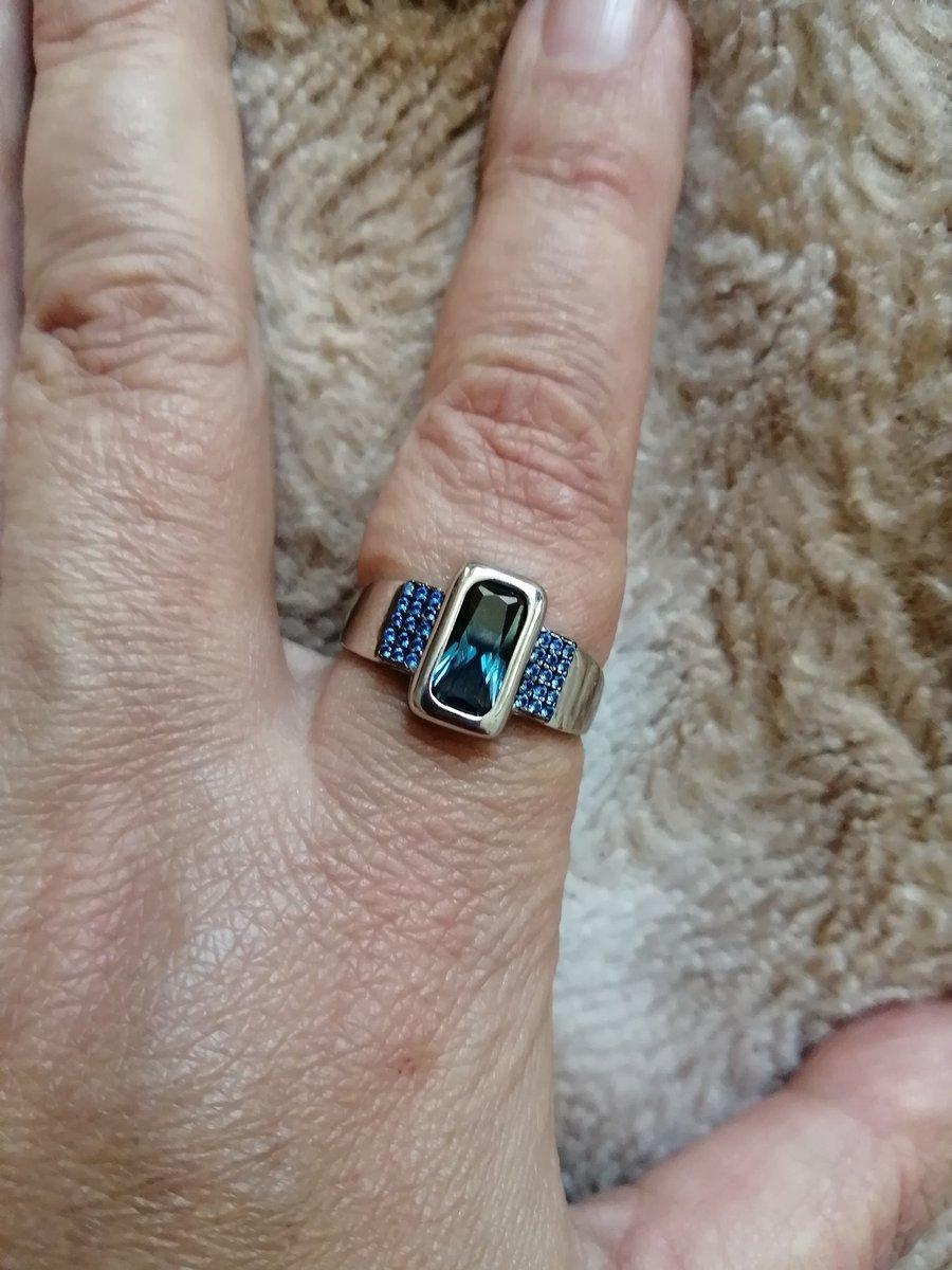 Серебряное кольцо с наносапфиром и нанотопазом👍👍👍😆