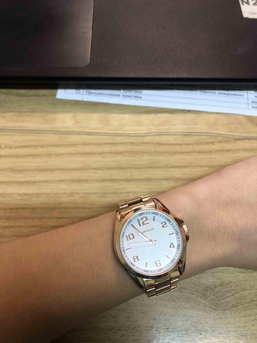 Наручные часы под золото