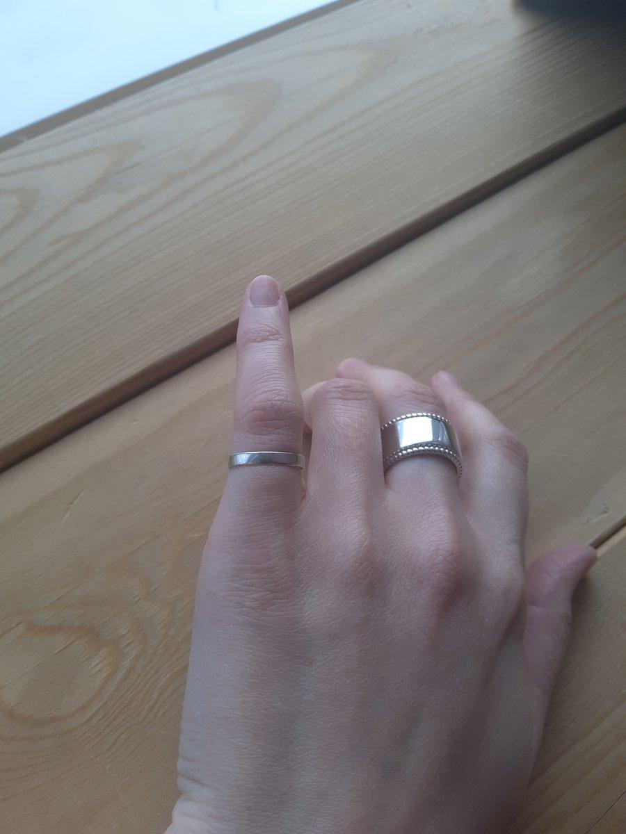 Отличное кольцо на мизинец!