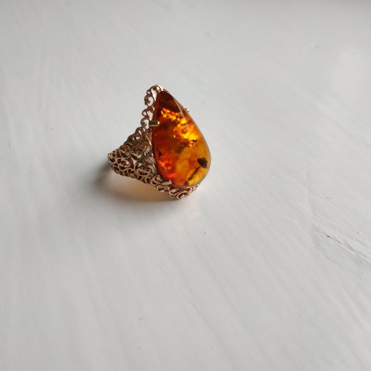 Невероятной красоты кольцо!