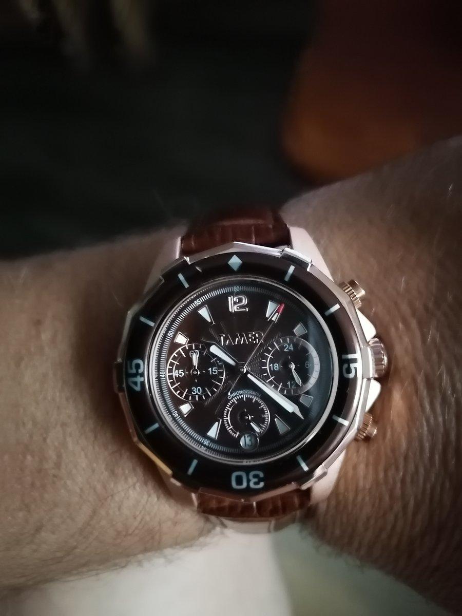 Часики с хронометр