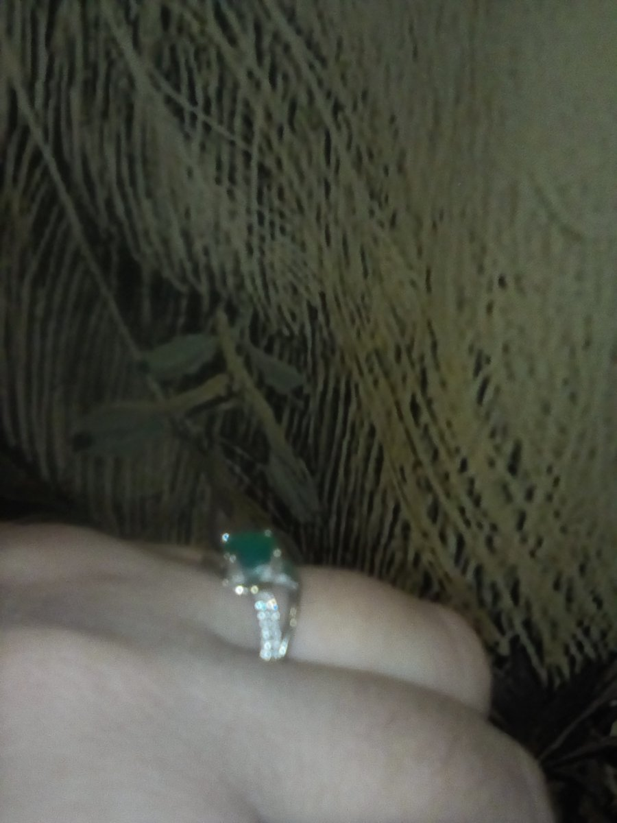 Ну очень миленькая кольцо!
