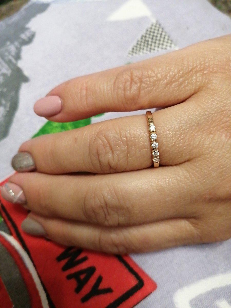 Классическое кольцо, на каждый день. и в пир, и в мир