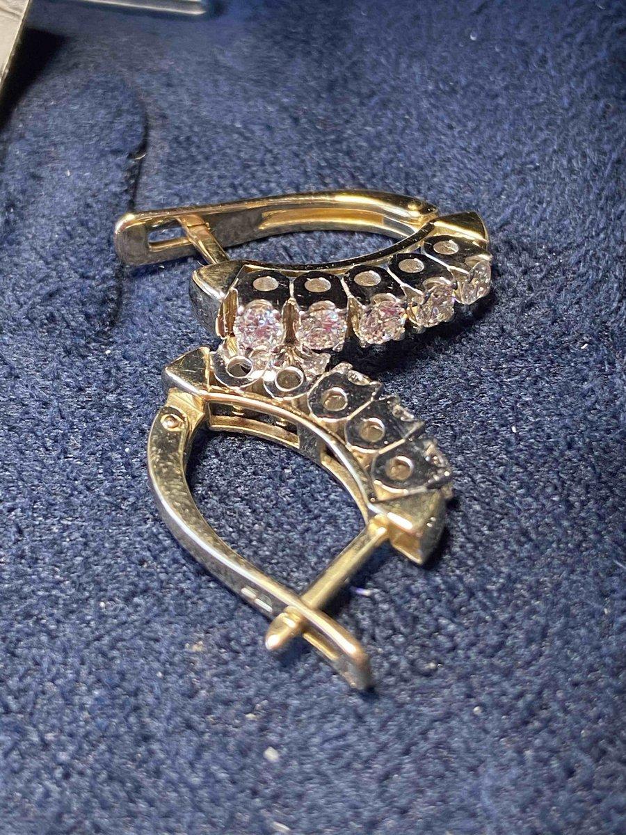 Кольцо из жёлтого золота с бриллиантами