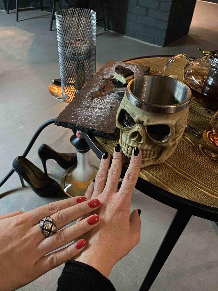 Классное кольцо перстень с фианитами