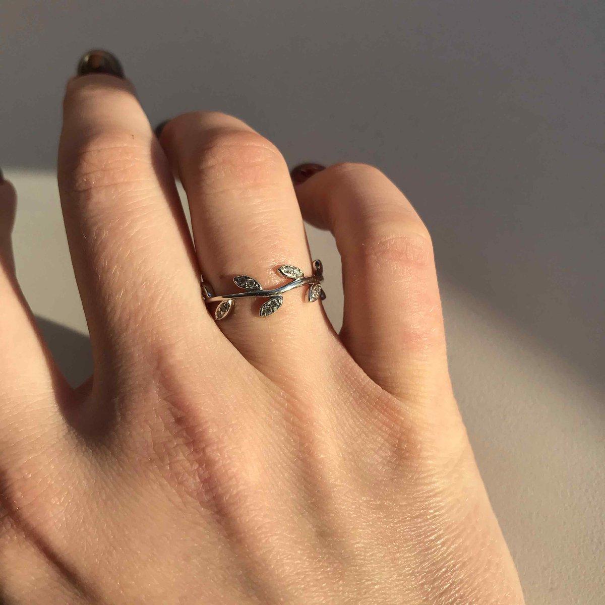 Просто соска, а не кольцо 🤤