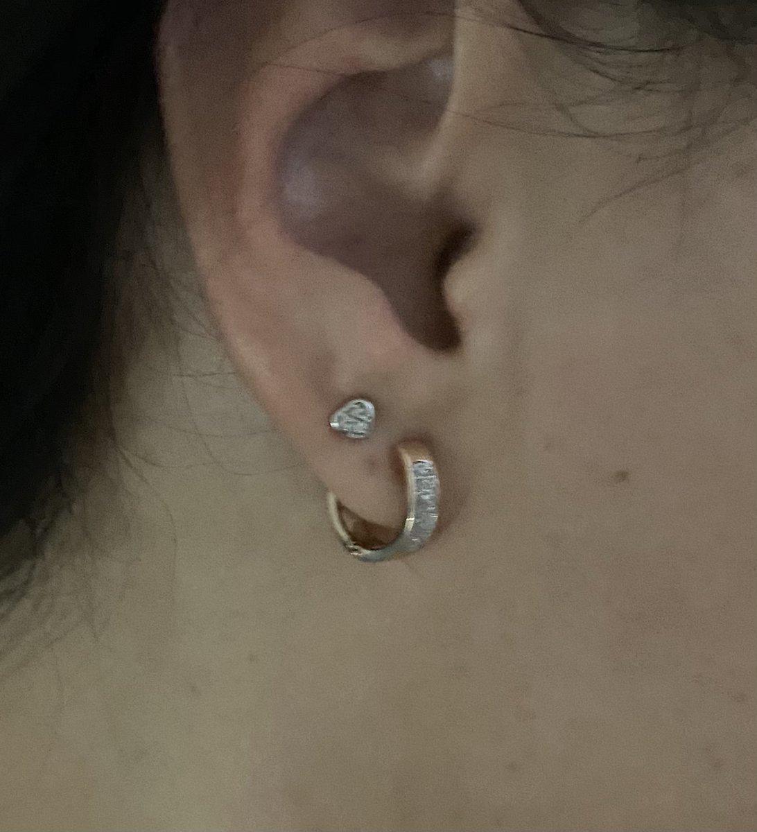 Отличные стильные серьги с бриллиантами