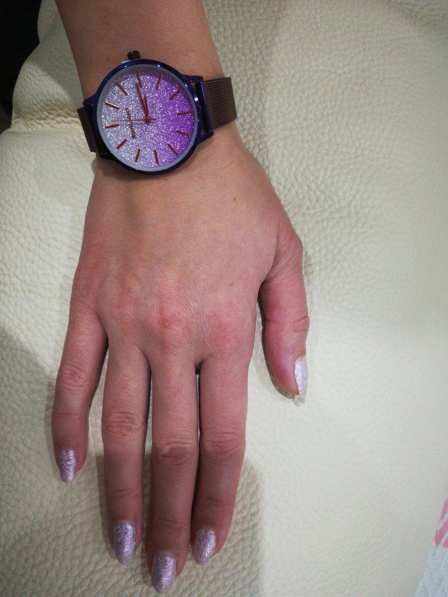 Часы с японским механизмом!!!