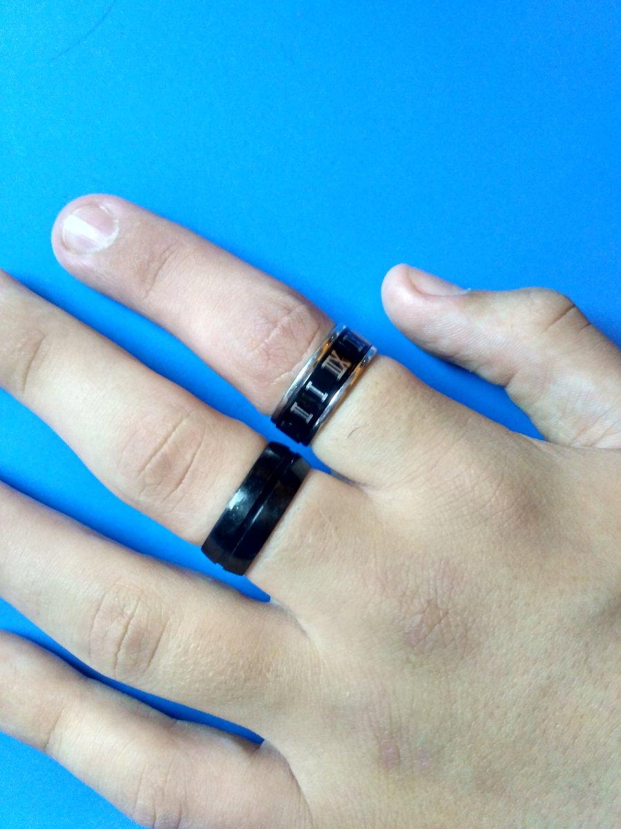 Стильное стальное кольцо