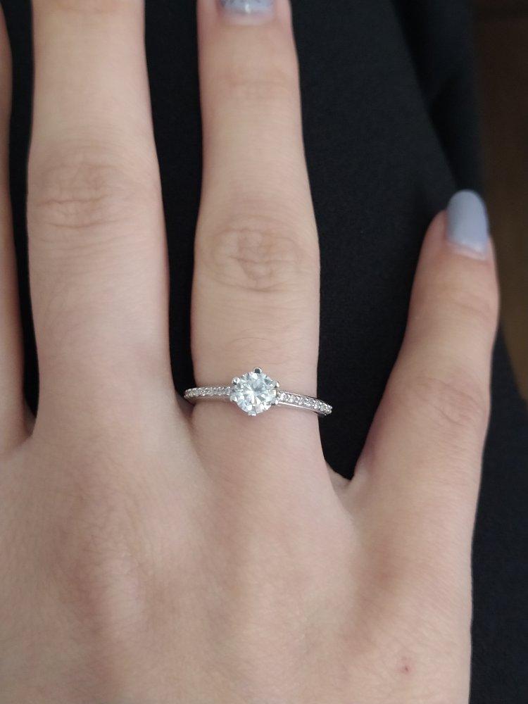 Очень красивое, нежное кольцо