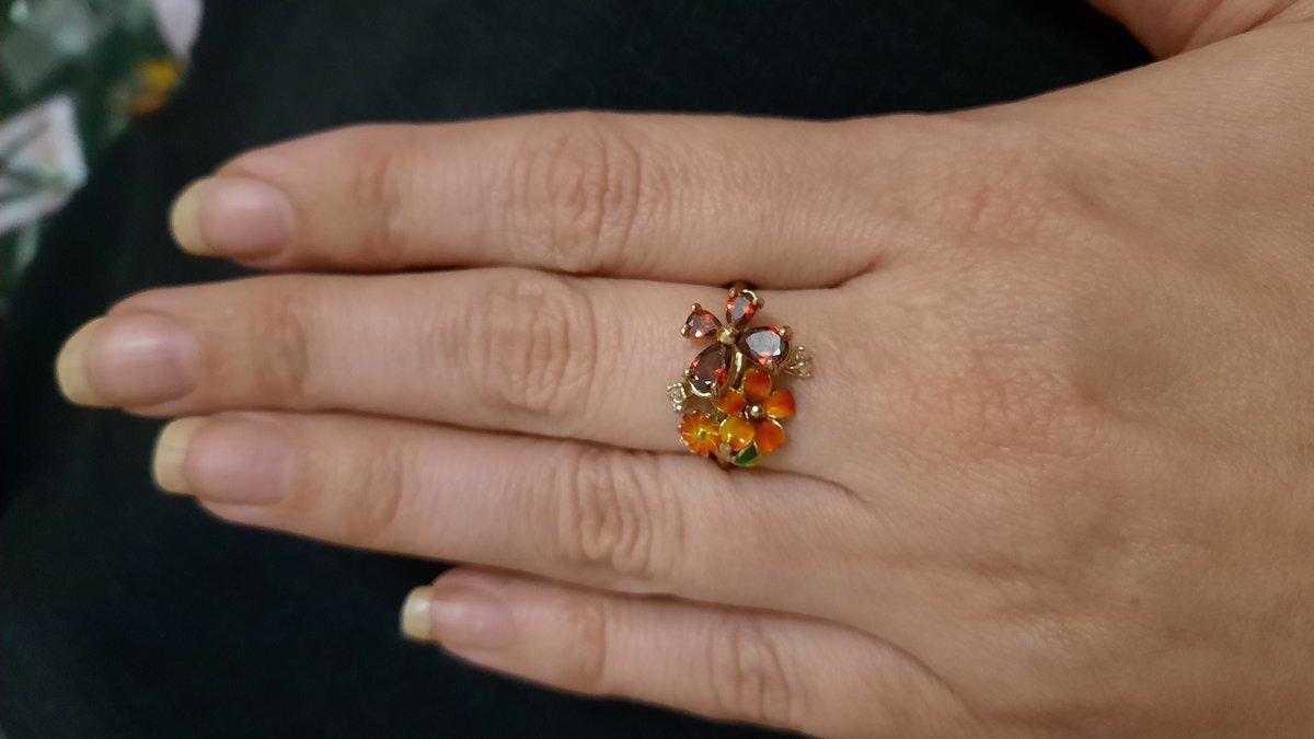 Изумительные кольцо
