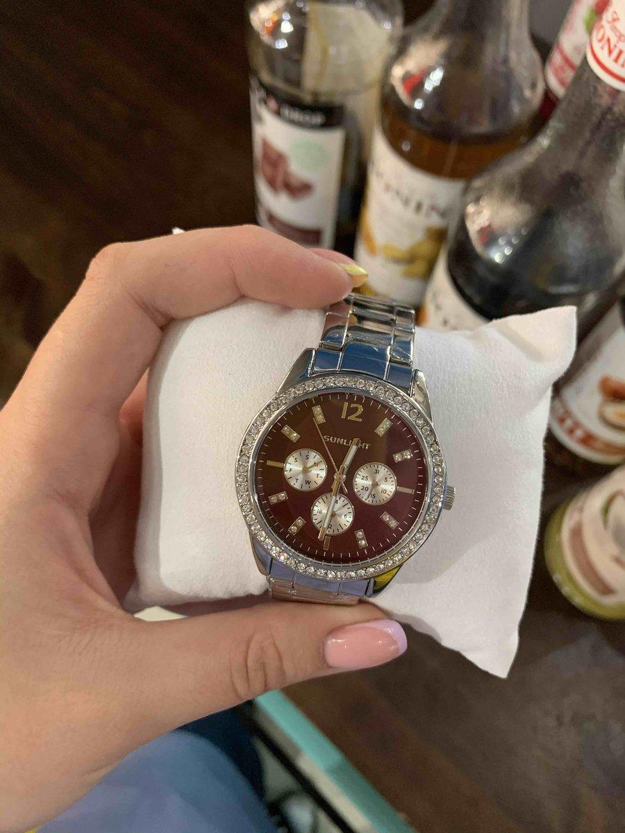 Отличные часы, советую)