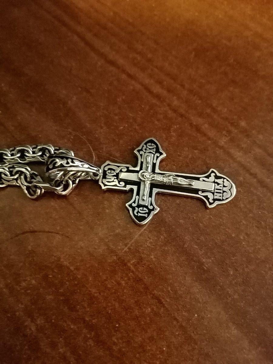 Очень красивый крестик, большое спасибо.