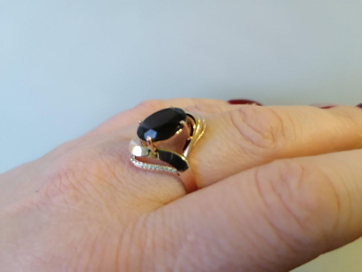 Шикарное кольцо с раухтопазом.