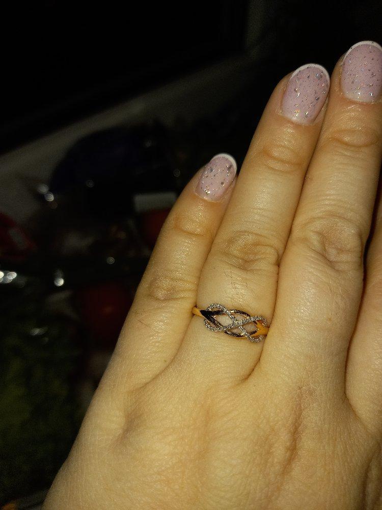 Кольцо с бриллиантом 💎