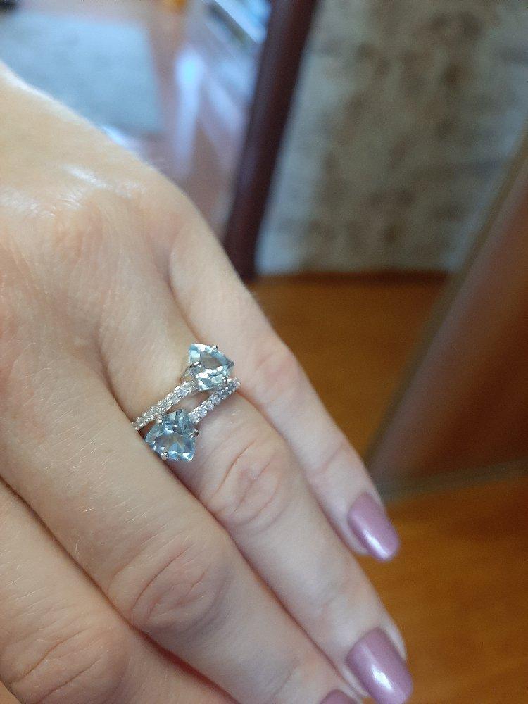 Нарядное, красивое кольцо