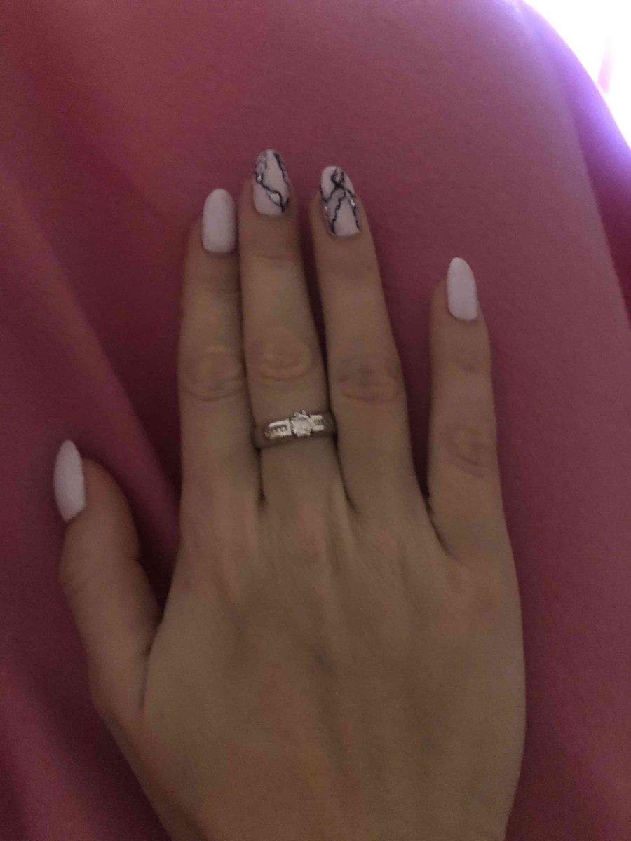 Кольцо очень красивое, за такие деньги