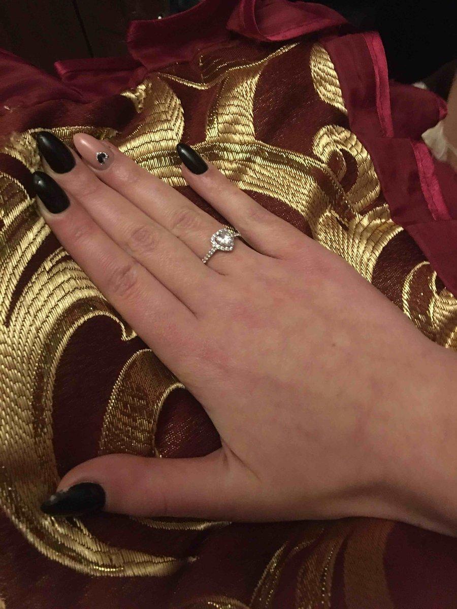 Красивое кольцо для девушки