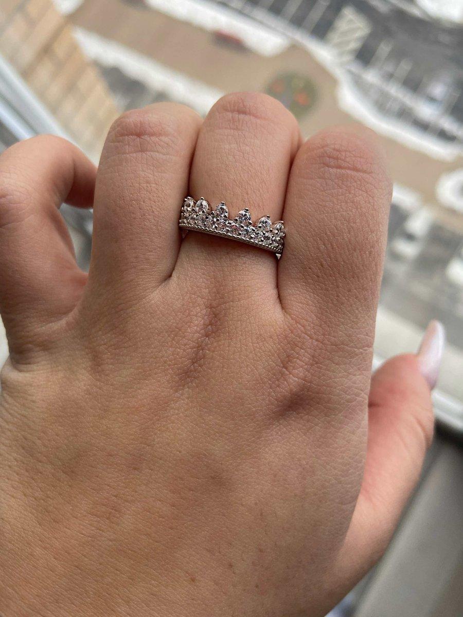 Кольцо просто волшебное , я искала именно такое
