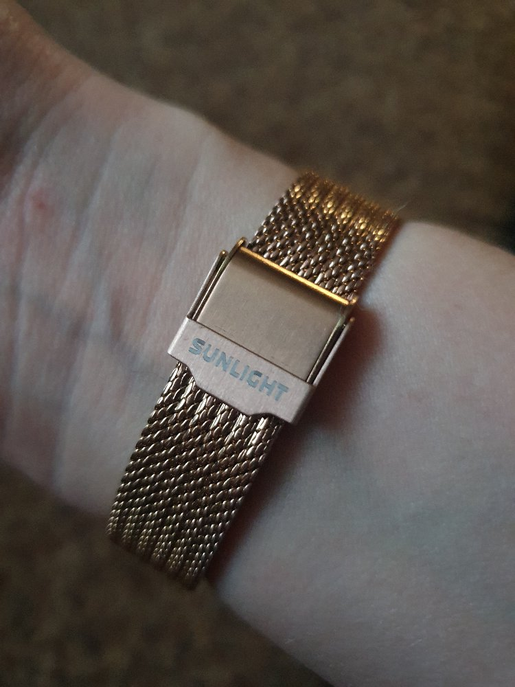 """Купила часы... спасибо продавцам в трк """"7 звезд"""""""