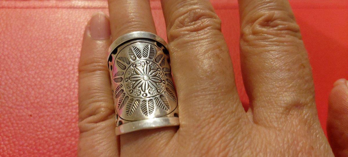 Крупное кольцо!