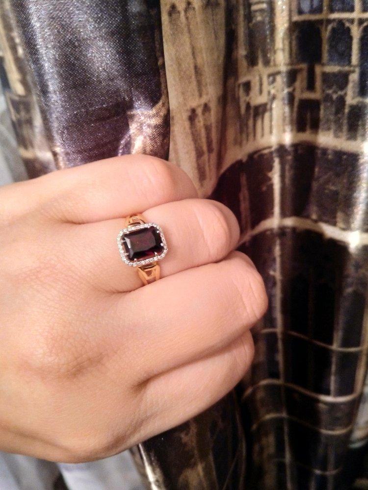 Достойное кольцо.
