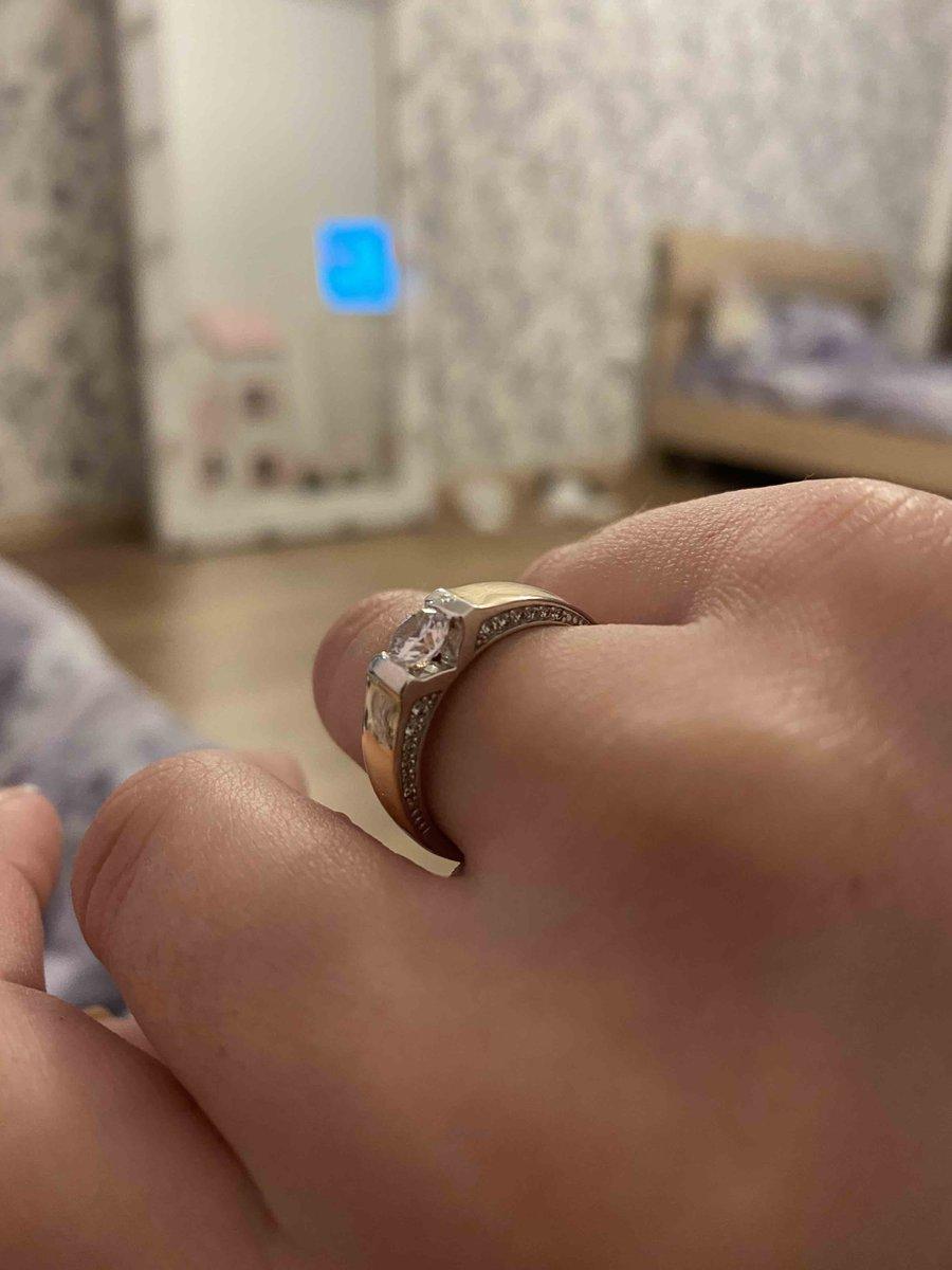 Красивре кольцо