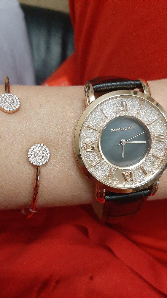 Красивые часы, за эту цену, просто огонь