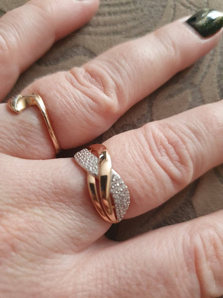 Консультант магазина порекомендовал это кольцо)))))