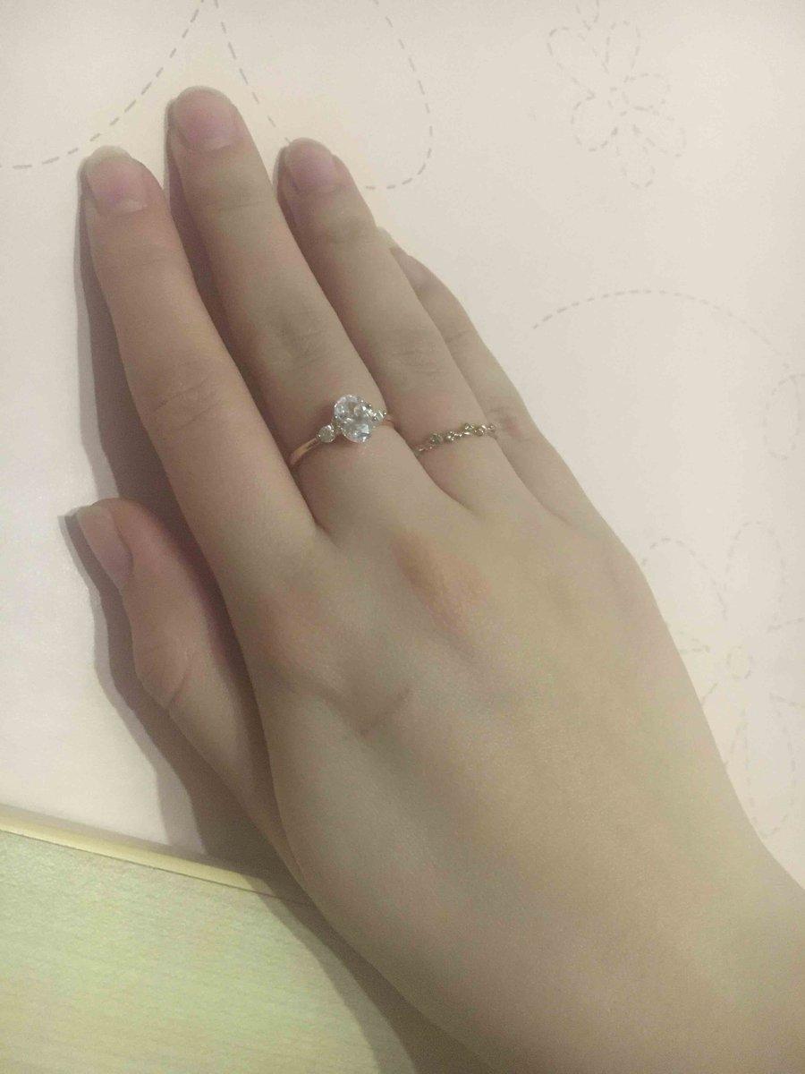 Кольцо в качестве подарка очень даже красивое