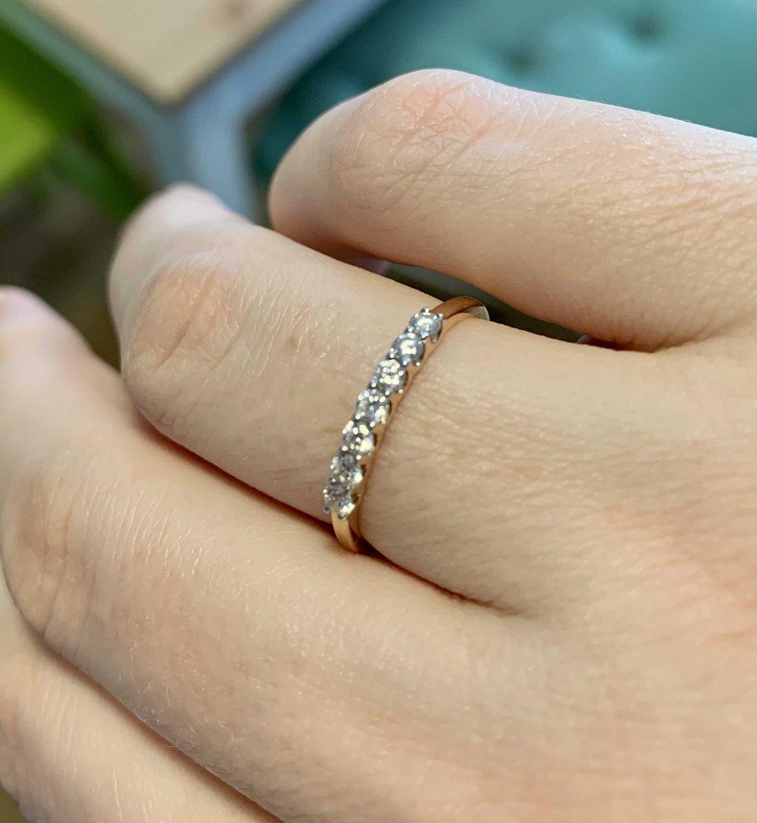 Кольцо с 7 камнями