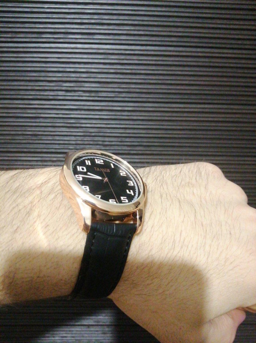 Часы удобные с качественным ремешком
