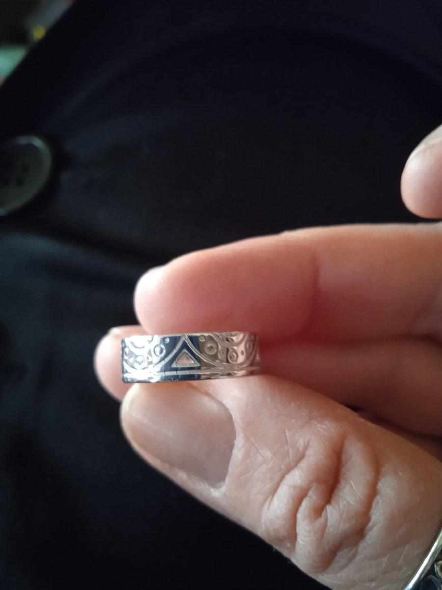 Славное серебряное колечко