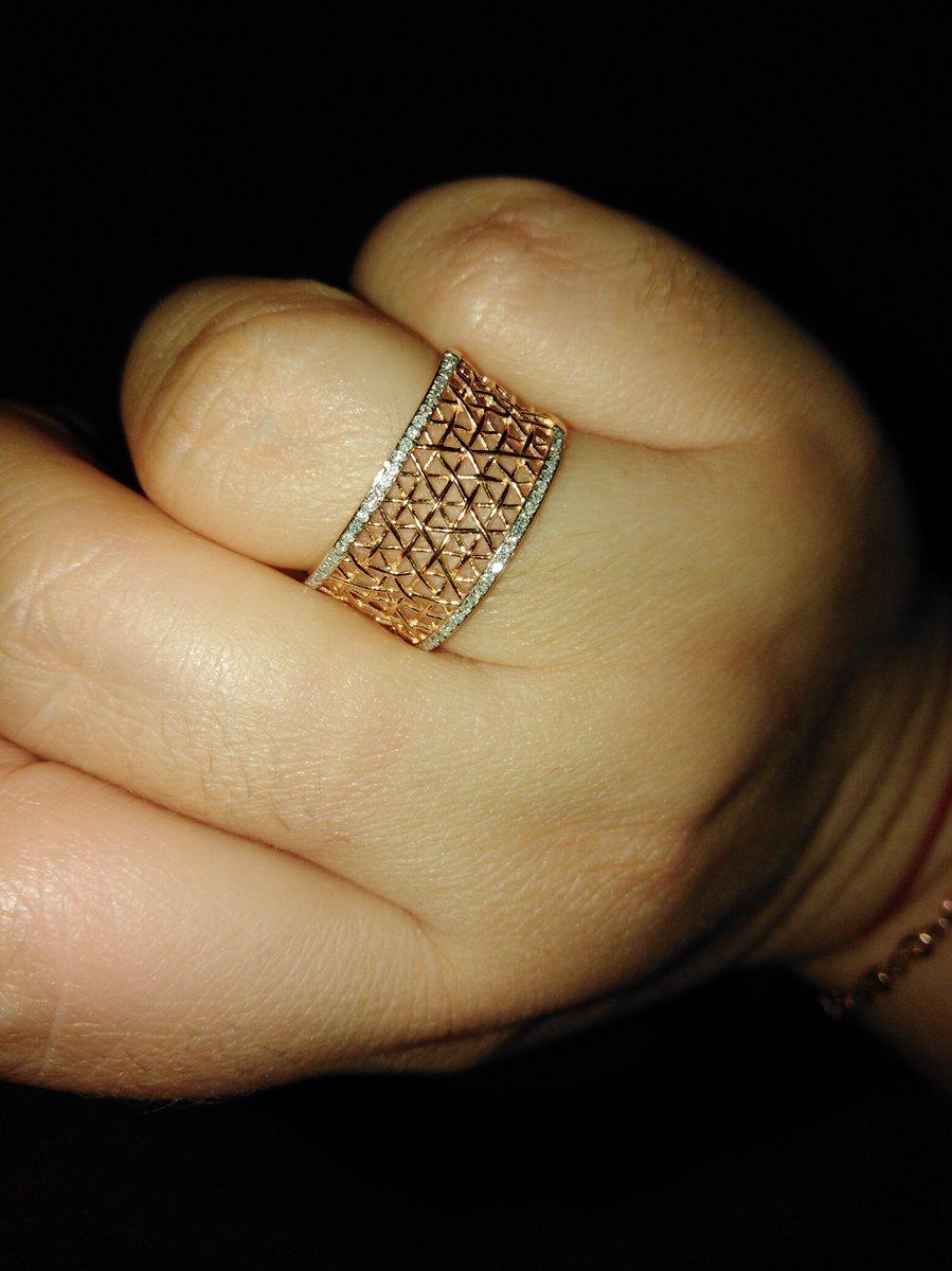 Кольцо очень красивое!