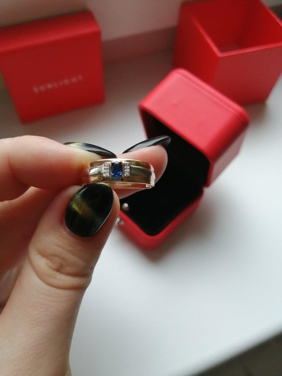 Умопомрачительное кольцо с сапфиром