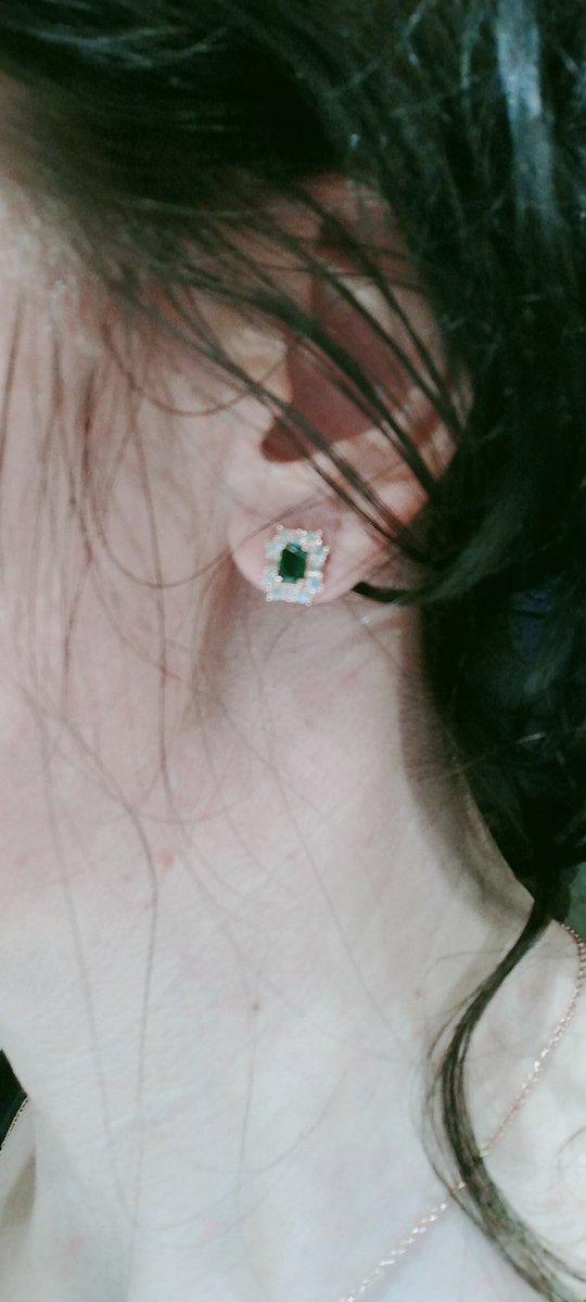Серьги с зелёным камнем