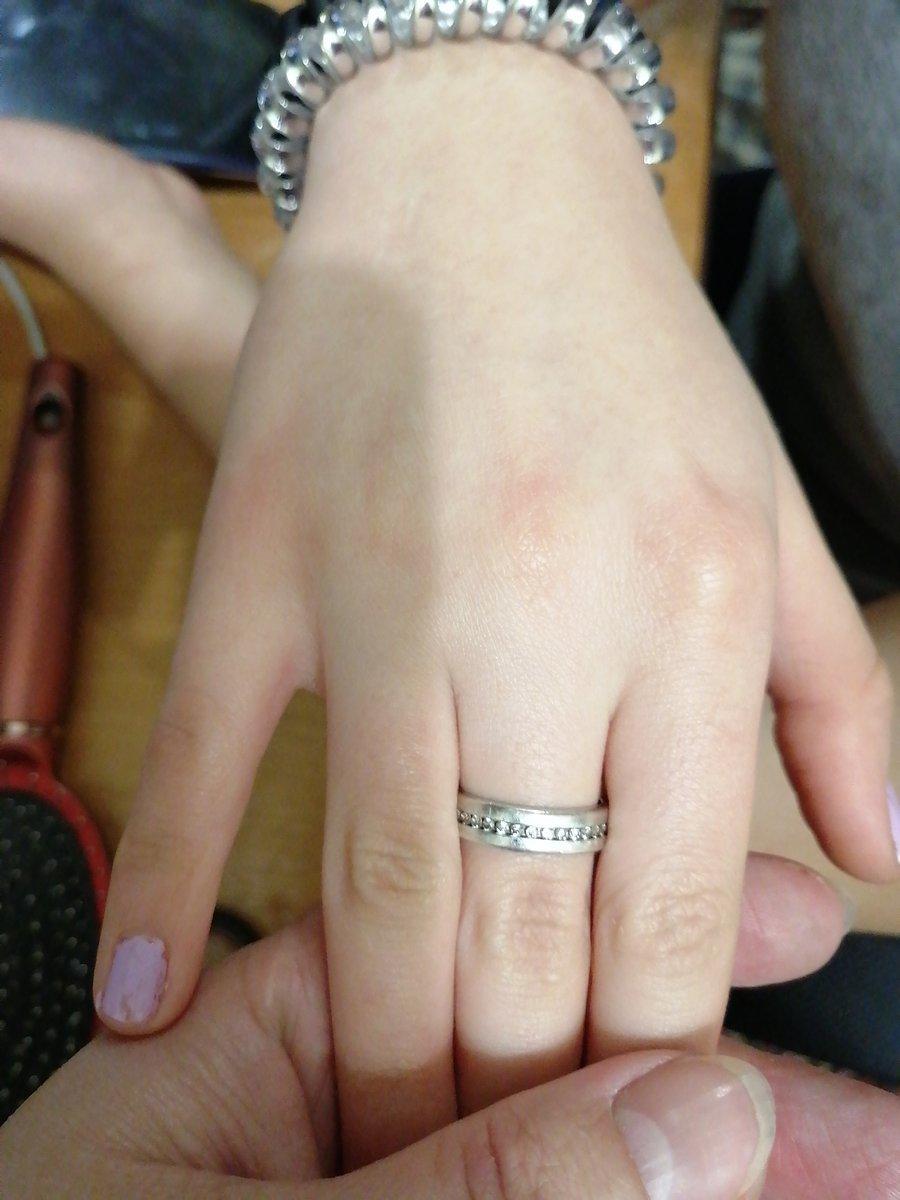 Кольцо с фианитами очень классное!