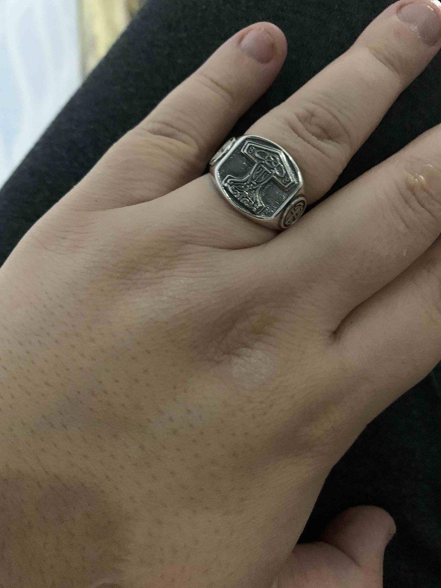 Кольцо очегь красивое