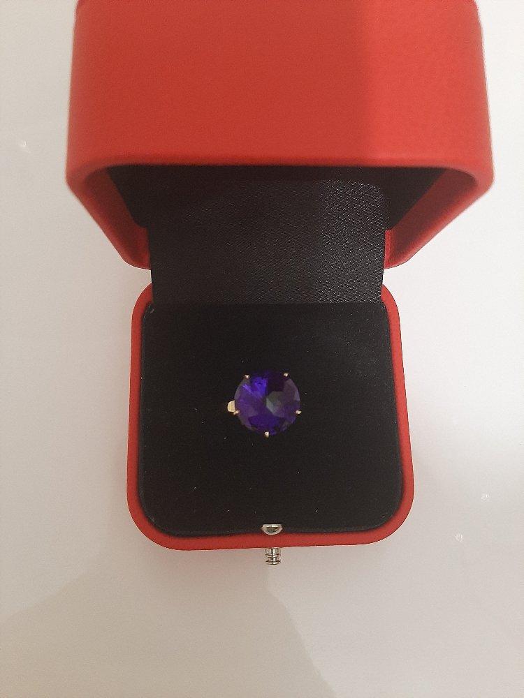 Золотое кольцо с коасивым аметистом!