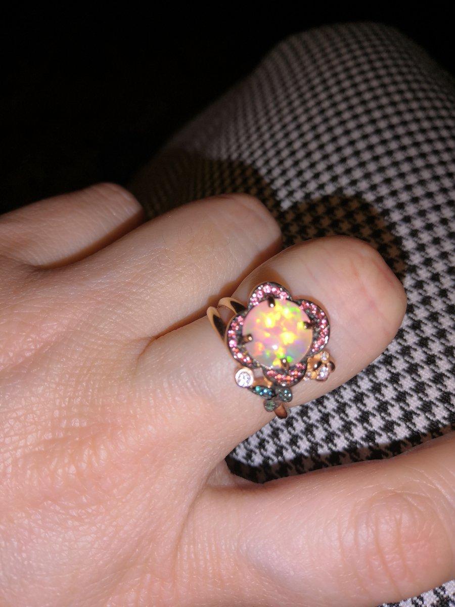 Кольцо оригинальное, необычное, сказочное.