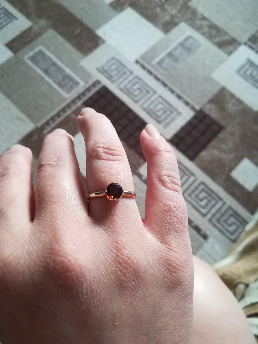 Классическое кольцо с гранатом